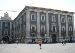 Porta Uzeda og Palazzo dei Chierici i Catania
