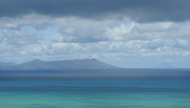De Æoliske øer Vulcano og i horisonten Stromboli. Foto: Kirsten Soele
