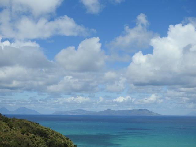 Fire af de Æoliske øer: Salina, Lipari, Vulcano og Stromboli. Foto: Kirsten Soele