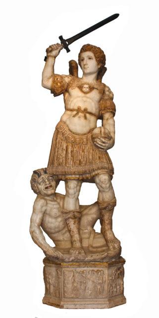 San Michele, statue fra 1572 af Andrea Calamech. Castello - santuario, Santa Lucia del Mela. Foto: Gianfranco Rappazzo, Wikimedia 2011