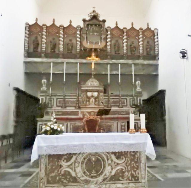 Højalteret i Chiesa Madre.