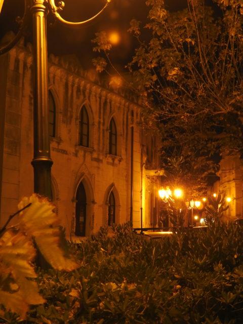 Turistinformation. Tidligere hhv kapel til Ospedale dei Bianchi, og før det: Chiesa di San Michele. Foto: KirstenSoele
