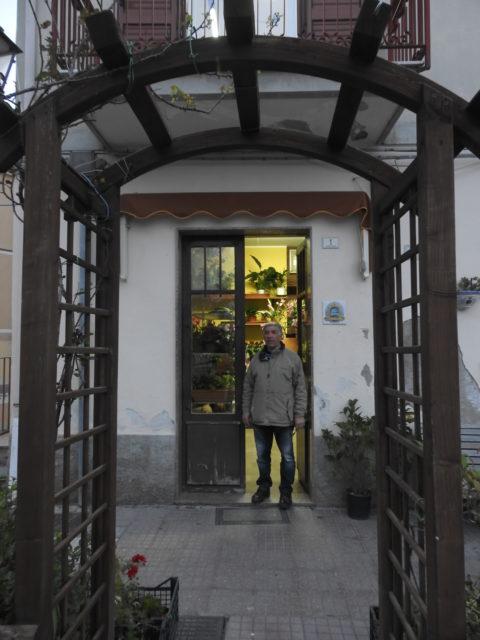 Il signore Salvatore Caliò, en af ildsjælene bag restaureringerne. Foto: KirstenSoele