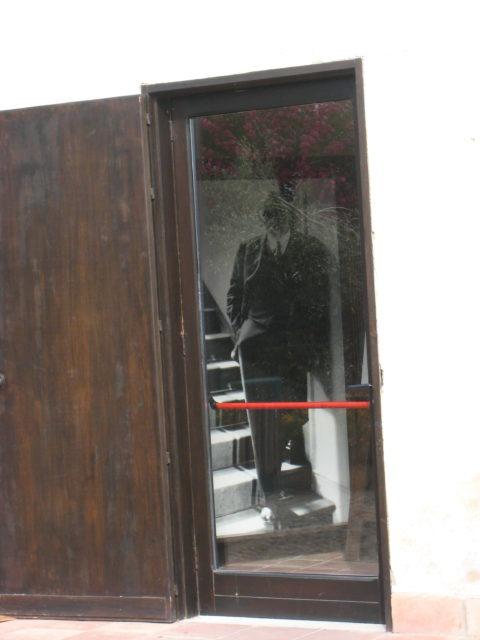 Luigi Pirandello i sit hus i Caos. Foto: KirstenSoele