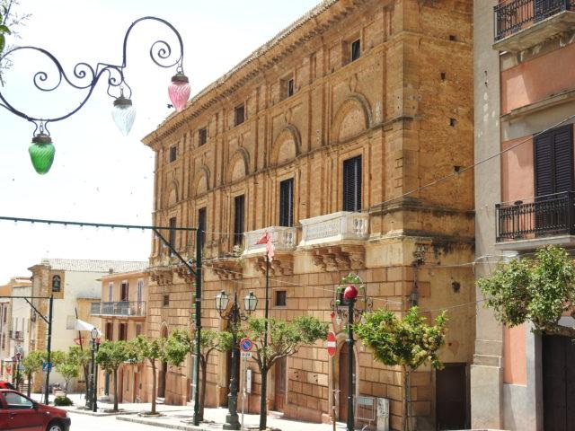 Palazzo Ciaccio. Foto: KirstenSoele