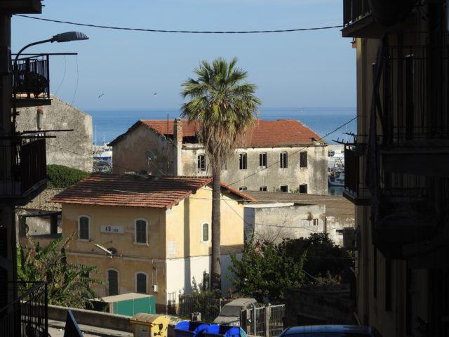 Sciacca med havnen i baggrunden. Foto: KirstenSoele