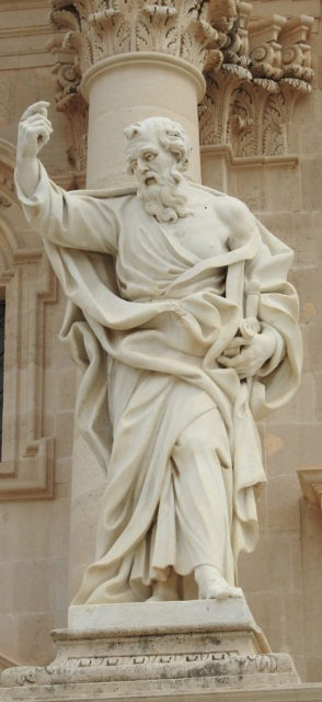Sankt Paul foran Duomo di Siracusa. Foto: KirstenSoele