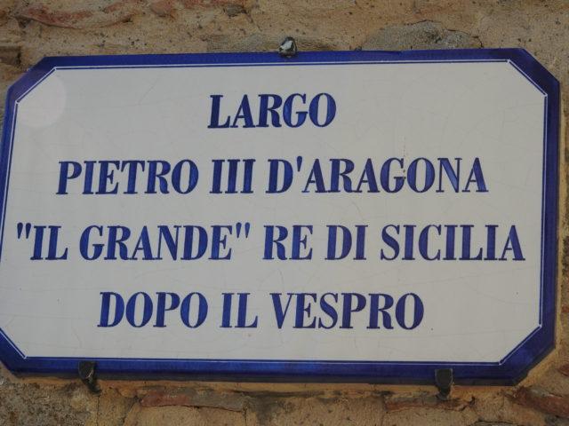 """Pladsen Peter den 3. af Aragona, """"Den store"""", konge af Sicilien efter vesperen. Foto: KirstenSoele"""