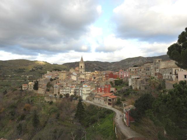 Novara di Sicilia. Foto: KirstenSoele