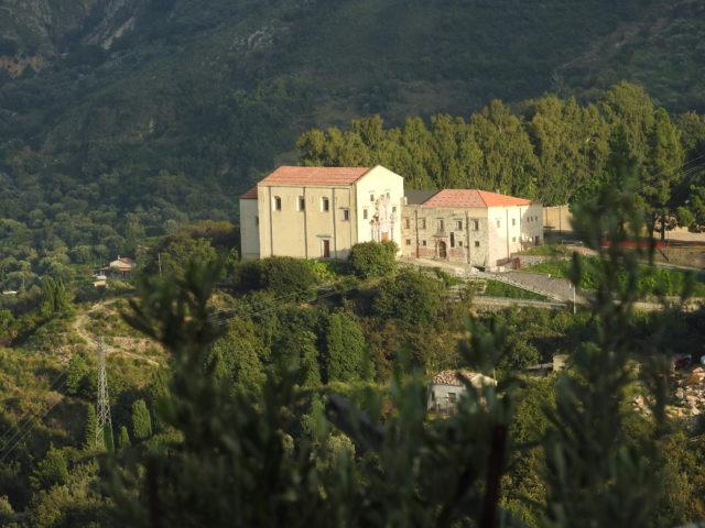 Chiesa di San Salvatore extra moenia. Foto: KirstenSoele