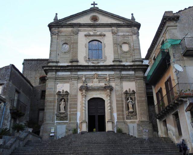 Basilica della Madonna della Catena. Foto: KirstenSoele