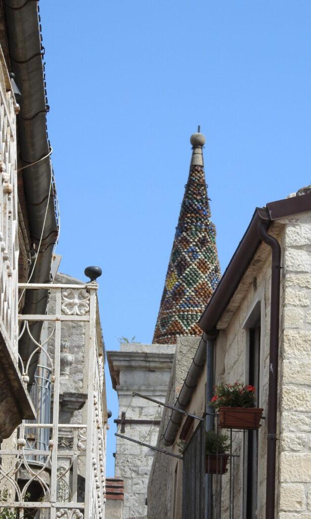 Tårnet på Chiesa di Santa Maria di Loreto. Foto: KirstenSoele