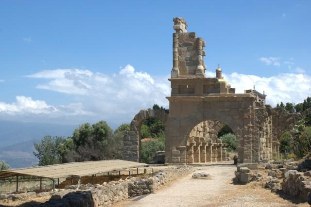 Fra det arkæologiske område i Tindari. Foto: Kondephy, Wikimedia 2009