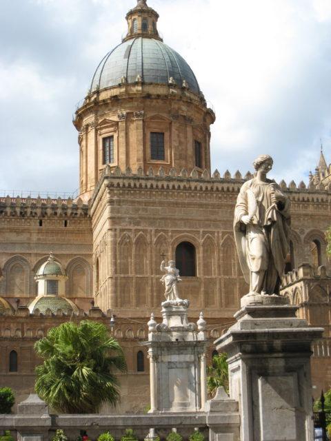 Cattedrale della Santa Vergine Maria Assunta i Palermo. Foto: KirstenSoele
