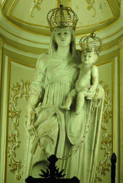 Madonna della Catena skabt af Gagini skolen. Foto: KirstenSoele